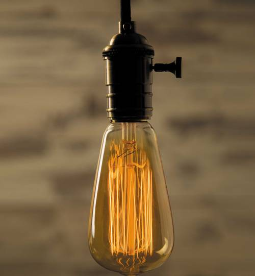 Vintage Style Light Bulb: Teardrop