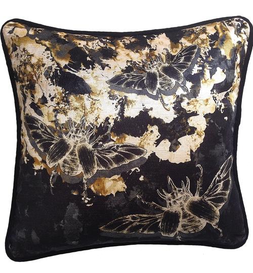 """""""Golden Stag Void"""" Cushion"""