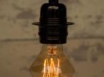 Vintage Style Light Bulb: Mini Diamond